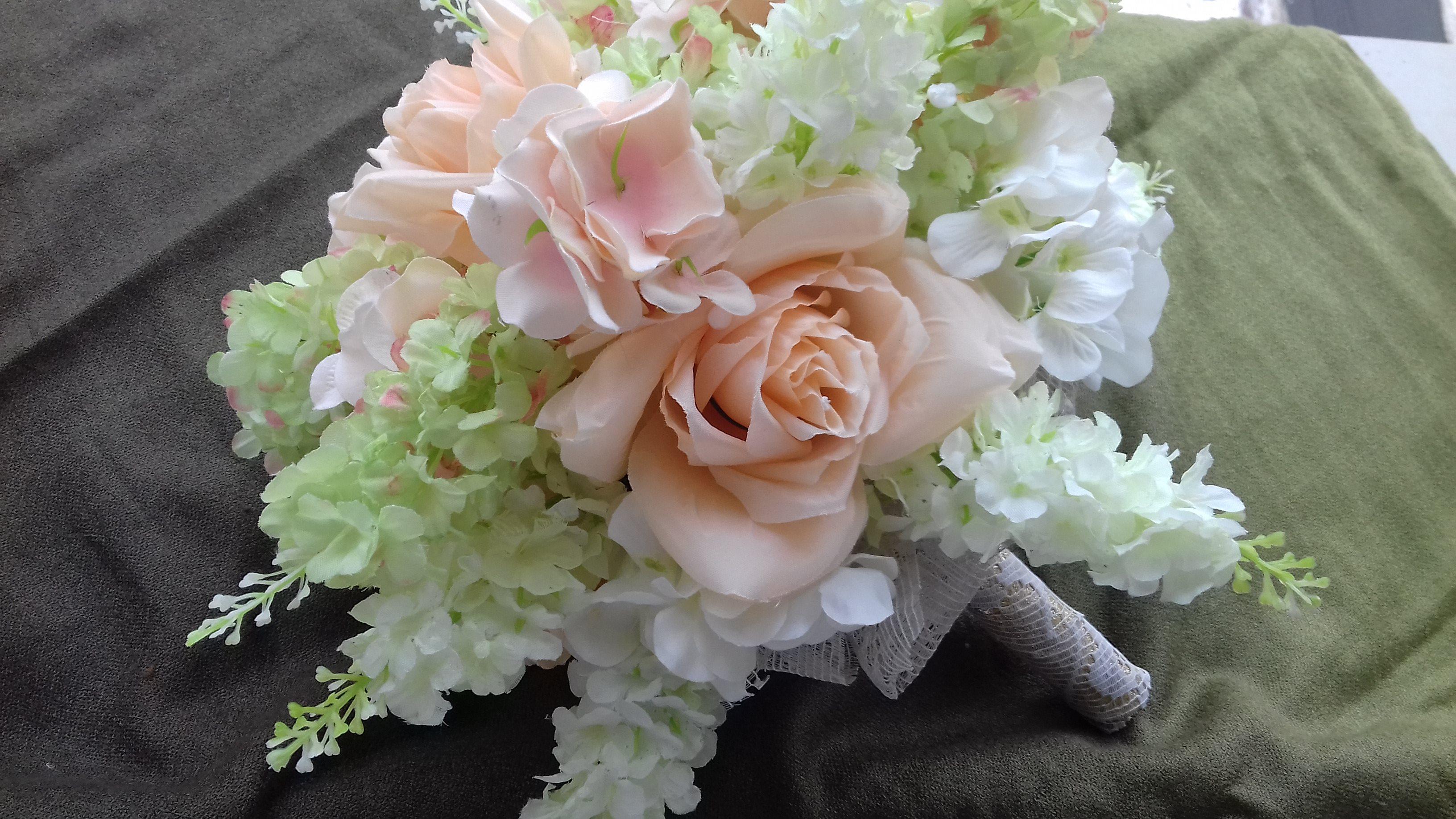 Buchete Mireasa Hand Made Flori Artificiale 3 Voaluri Mirese